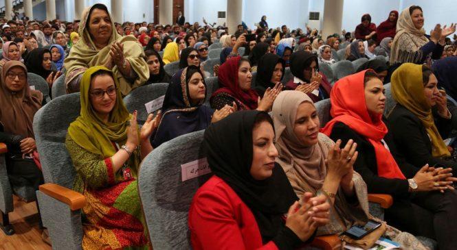 महिलाहरूको कथा भन्न मैले अफगानिस्तानमा आफ्नै तस्करी गरेँ